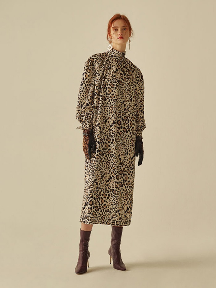 [OH.L]DROP SHOULDER SHIRRING DRESS_LEOPARD IVORY