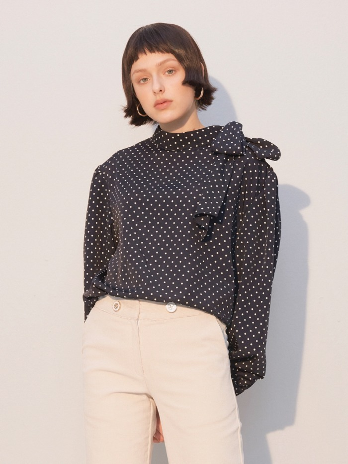[SALON DE YOHN] Dot Tie Blouse_Navy